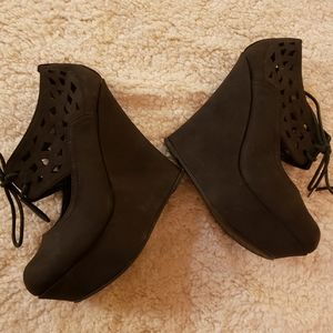 2/45.00.   Sexy Wedges